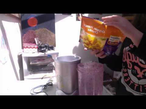 How To Make Berry Ice cream! (With Nutribullet)
